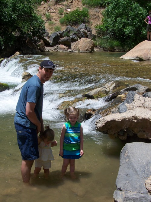 A great Daddy not only takes the kids to Zion, but gets right in the river with them.
