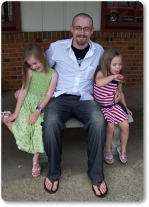 Stephen Hudgins with nieces